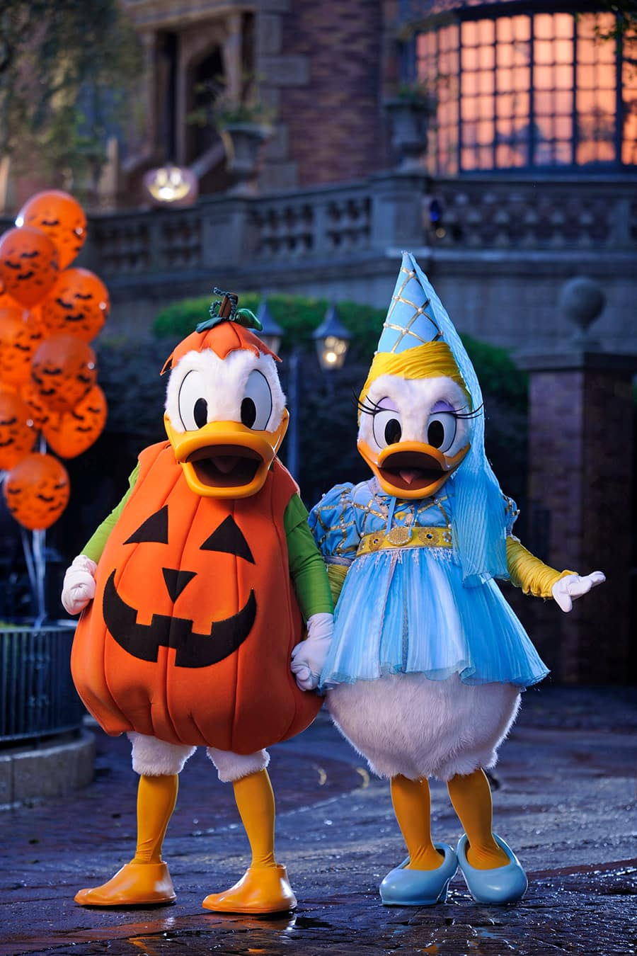 Disney Characters In Their Best Halloween Costumes