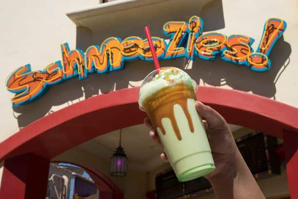 Caramel Apple Smoothie from Schmoozies in Hollywood Land