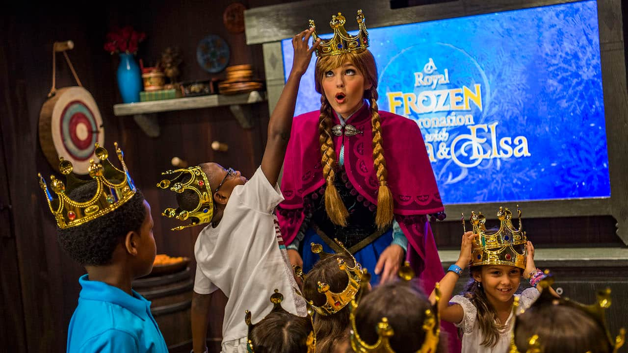 Exclusively on the Disney Wonder, young guests prepare a special coronation for the royal sisters of Arendelle in the Oceaneer Club and Oceaneer Lab