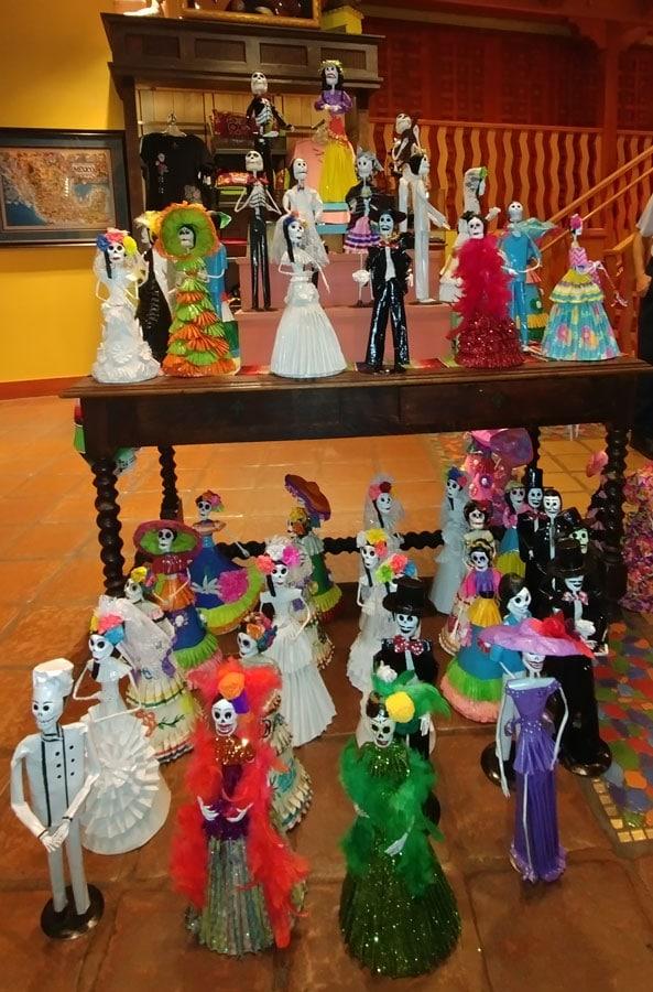 Mexican artist Carmelita Melchor Jimón's Catrina dolls