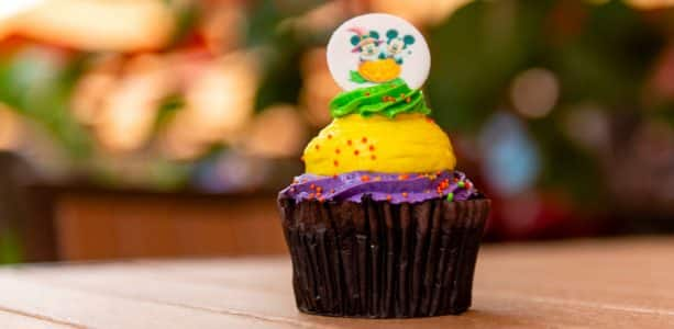 Mickey's Haunted Cupcake at Capt. Cook's and Kona Coffee Bar at Disney's Polynesian Village Resort