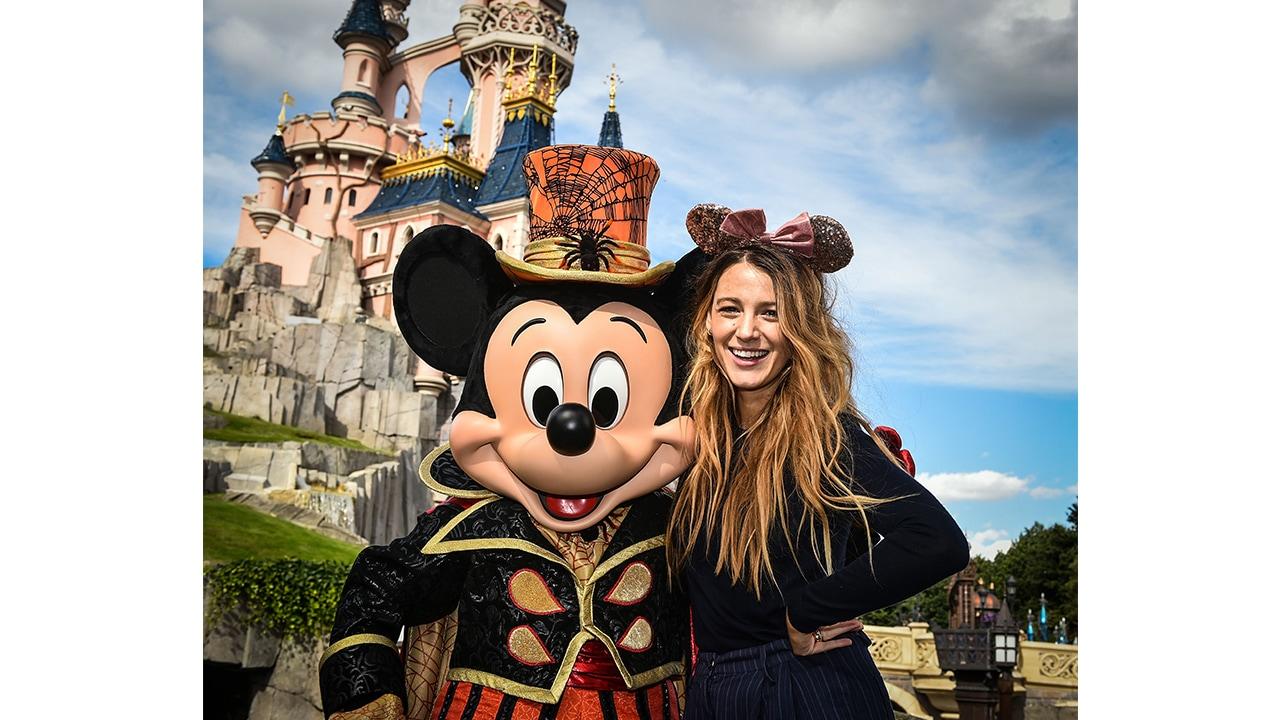 Blake Lively Halloween 2020 Blake Lively Celebrates Halloween at Disneyland Paris | Disney