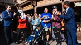Walt Disney World Resort Celebrates 1 Million Mobile Orders in My Disney Experience App