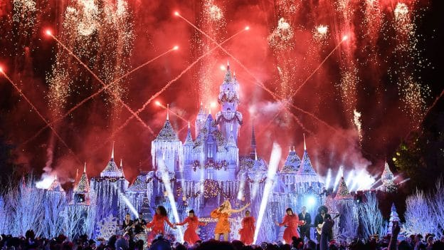 the wonderful world of disney magical holiday celebration airs