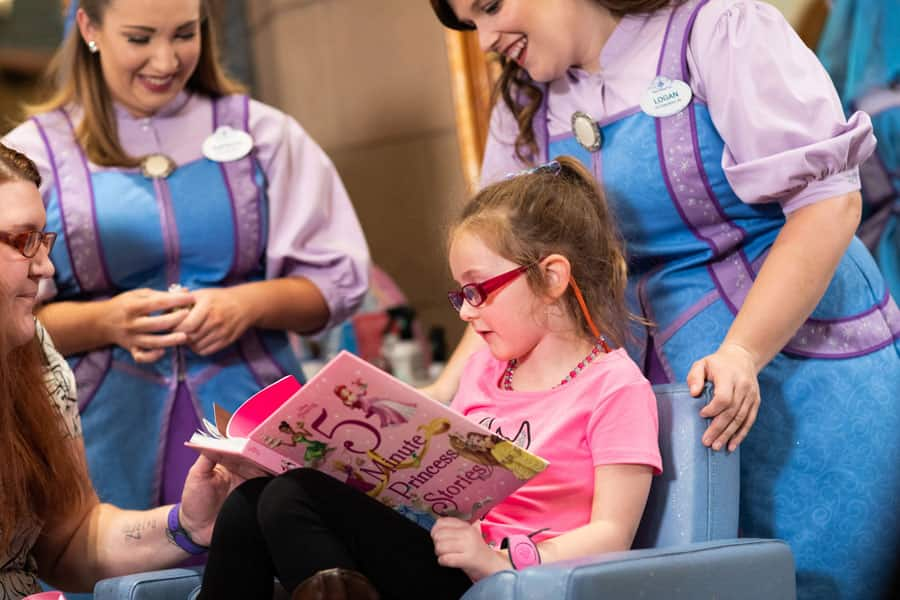6-year-old Layla Lester getsa princess makeover at Bibbidi Bobbidi Boutique at Magic Kingdom Park