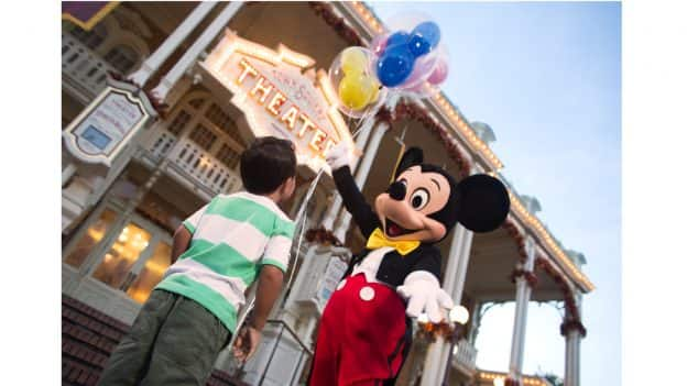 Guest Meeting Mickey Mouse at Magic Kingdom Park
