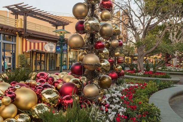 Hoiday decor on tree, Downtown Disney District