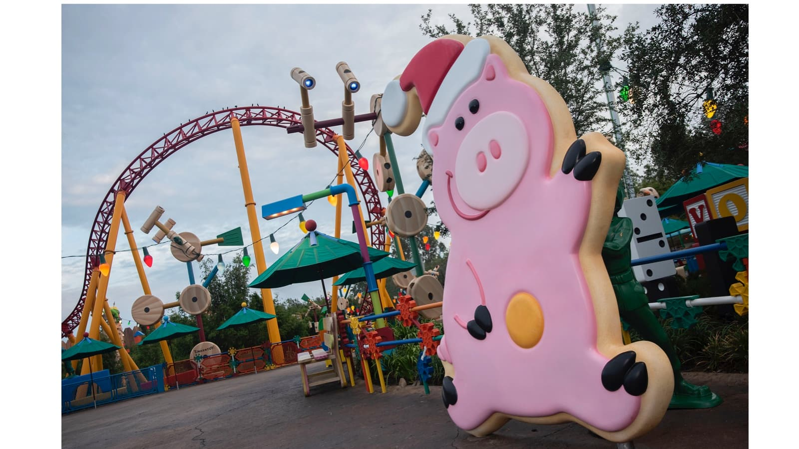 First Look: Toy Story Land Decorated For The Holidays