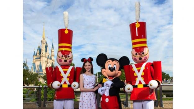 Mackenzie Foy Celebrates the Start of the Holiday Season with a Visit to Walt Disney World Resort
