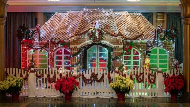 2018 Disney Fantasy Gingerbread House
