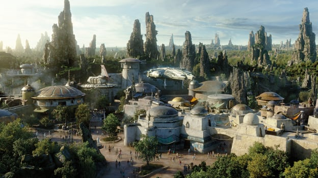 Star Wars: Galaxy's Edge Behind-the-Scenes Update for Disneyland and Walt Disney World Resorts