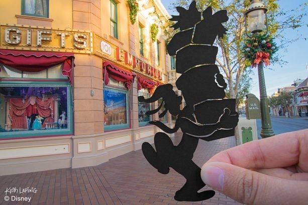 Goofy silhouette, Disneyland Resort