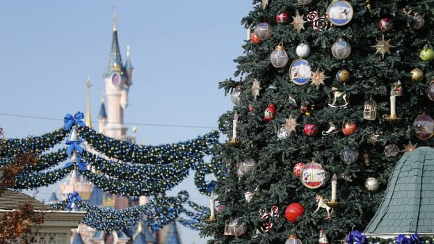 New Flat Glass Ornaments from Disneyland Pais