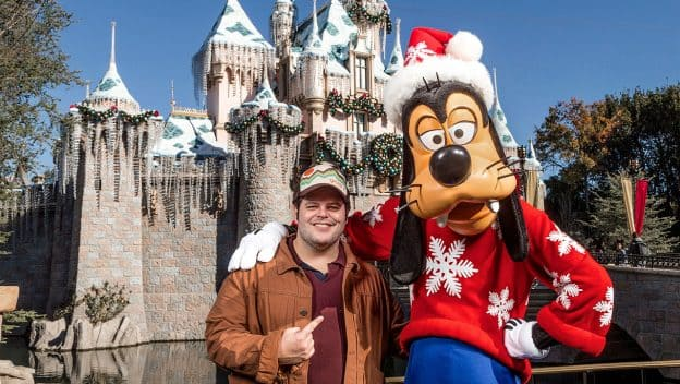 Actor Josh Gad Dishes About Favorite Disneyland Resort Attractions During Family Vacation