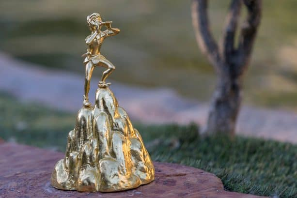 Peter Pan golden statue