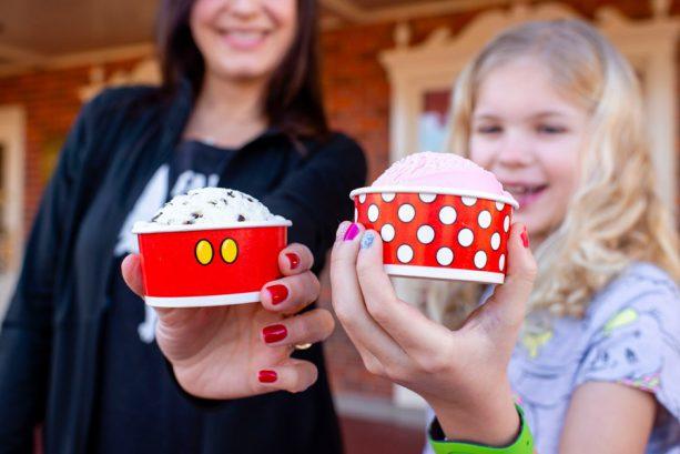 New Mickey and Minnie Cups at Magic Kingdom Park