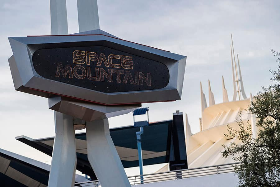 Space Mountain in Tomorrowland, Disneyland park