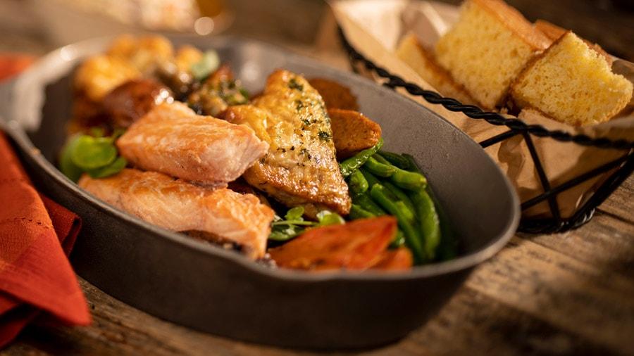 Whispering Canyon Café : nouveaux plats, nouveau menu ! Wdc857698475634345