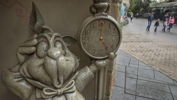 White Rabbit statue at Disneyland Park