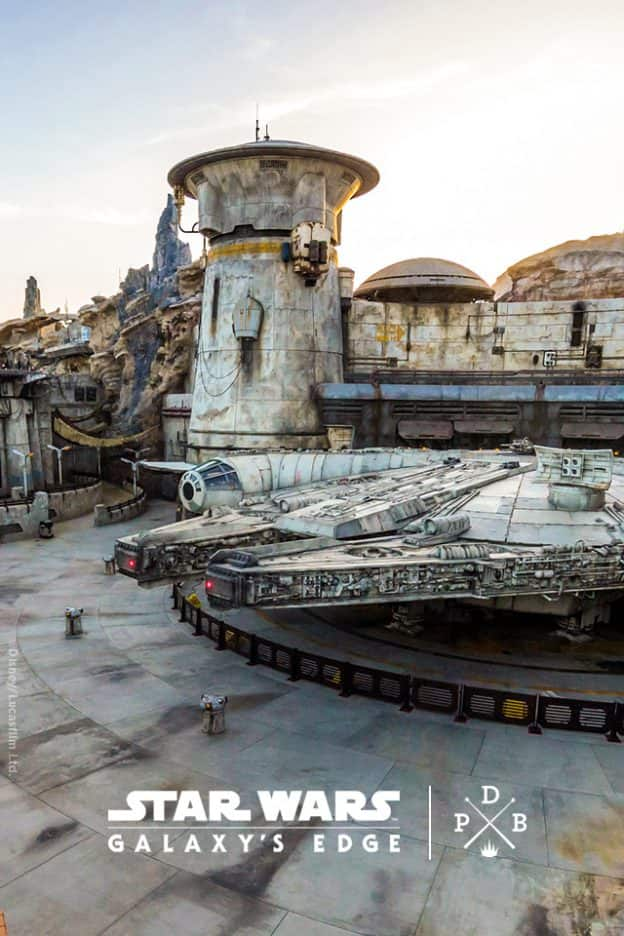 Star Wars: Galaxy's Edge at Disneyland Park Wallpaper 640x960