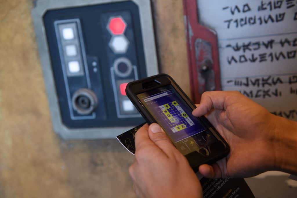 Star Wars: Galaxy's Edge – Play Disney Parks Mobile App
