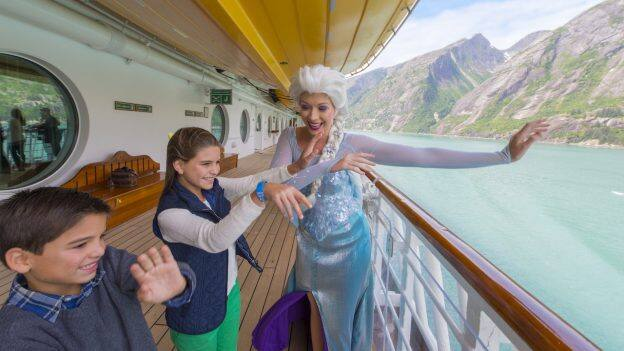 Kids with Elsa in Alaska on the Disney Wonder