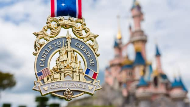 2019 Disneyland Paris Run Weekend Finisher Medal