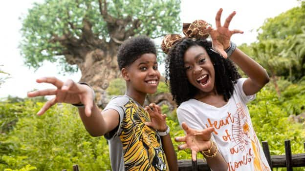 JD McCrary and Shahadi Wright Joseph Surprise Guests at Disney's Animal Kingdom