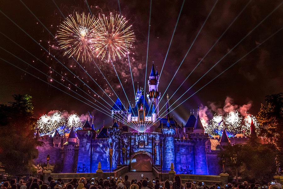 """""""Disneyland Forever"""" Fireworks"""