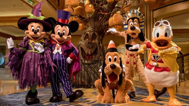 Minnie, Mickey, Goofy, Pluto and Donald at Halloween on the High Seas