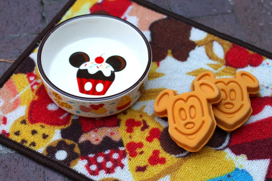 Dog bowl and toys