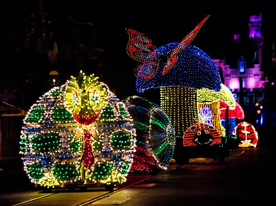 """Main Street Electrical Parade"", Disneyland park"