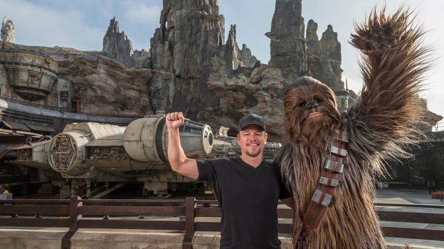 Matt Damon Explores Star Wars: Galaxy's Edge