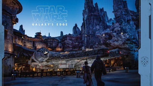 Star Wars: Galaxy's Edge Wallpaper - Rey & Chewie