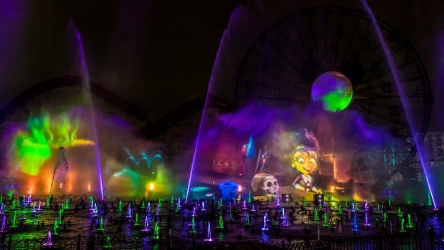 'World of Color' Nighttime Spectacular – 'Villainous!'