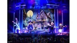 Rendering of Mickey's Trick & Treat stage show