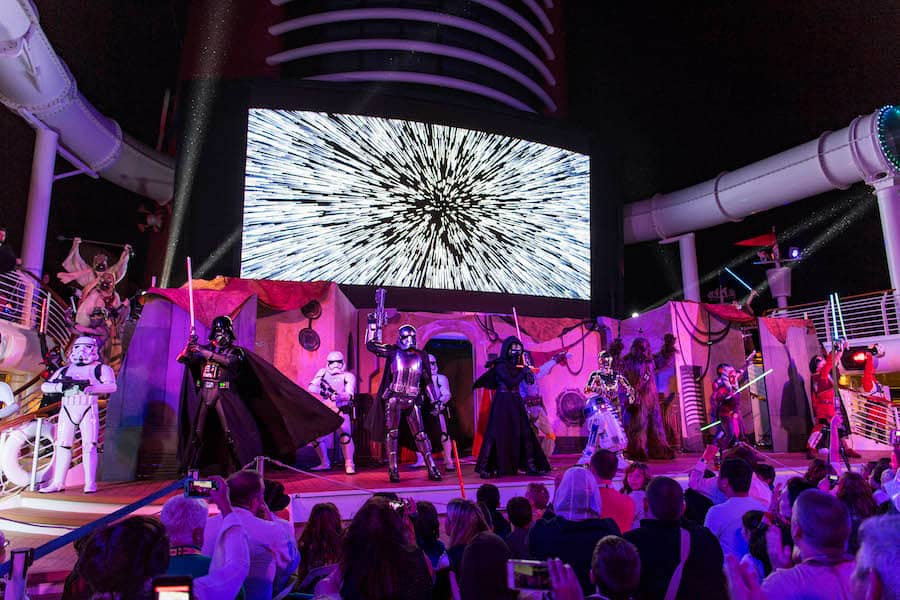 5 Reasons Why You Should Take a <em>Star Wars</em> Day at Sea Cruise