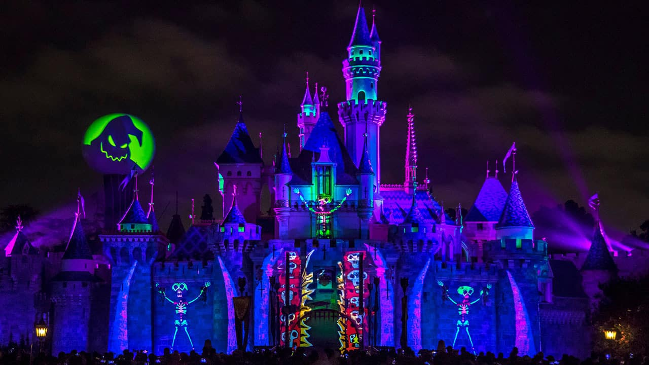 An Evening Spell-ebration with 'Halloween Screams' at Disneyland Park
