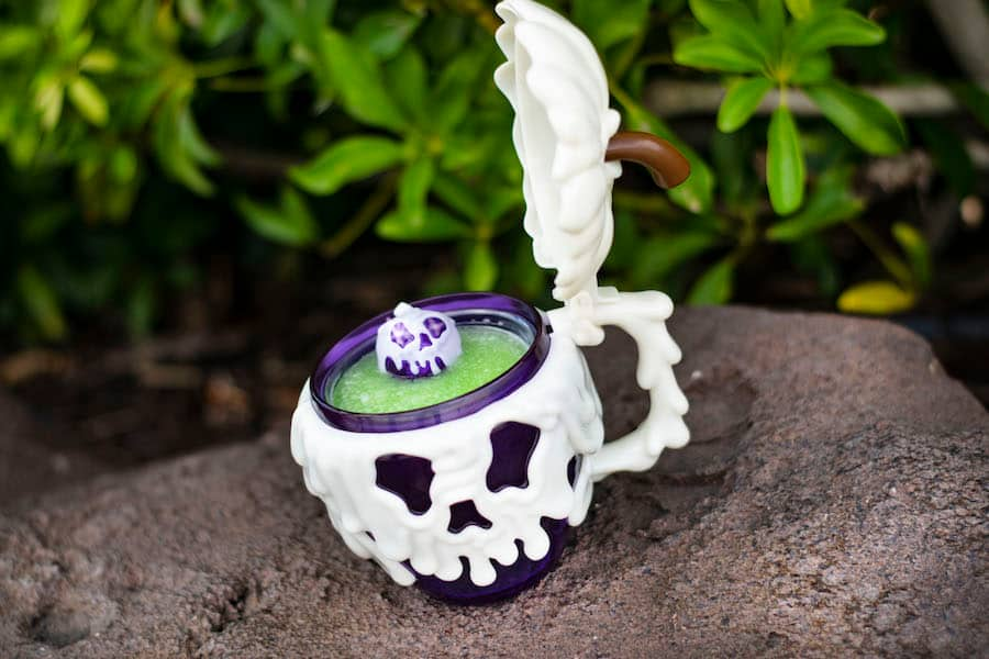 Poison Apple Cocktail from AristoCrepes for WonderFall Flavors at Disney Springs 2019