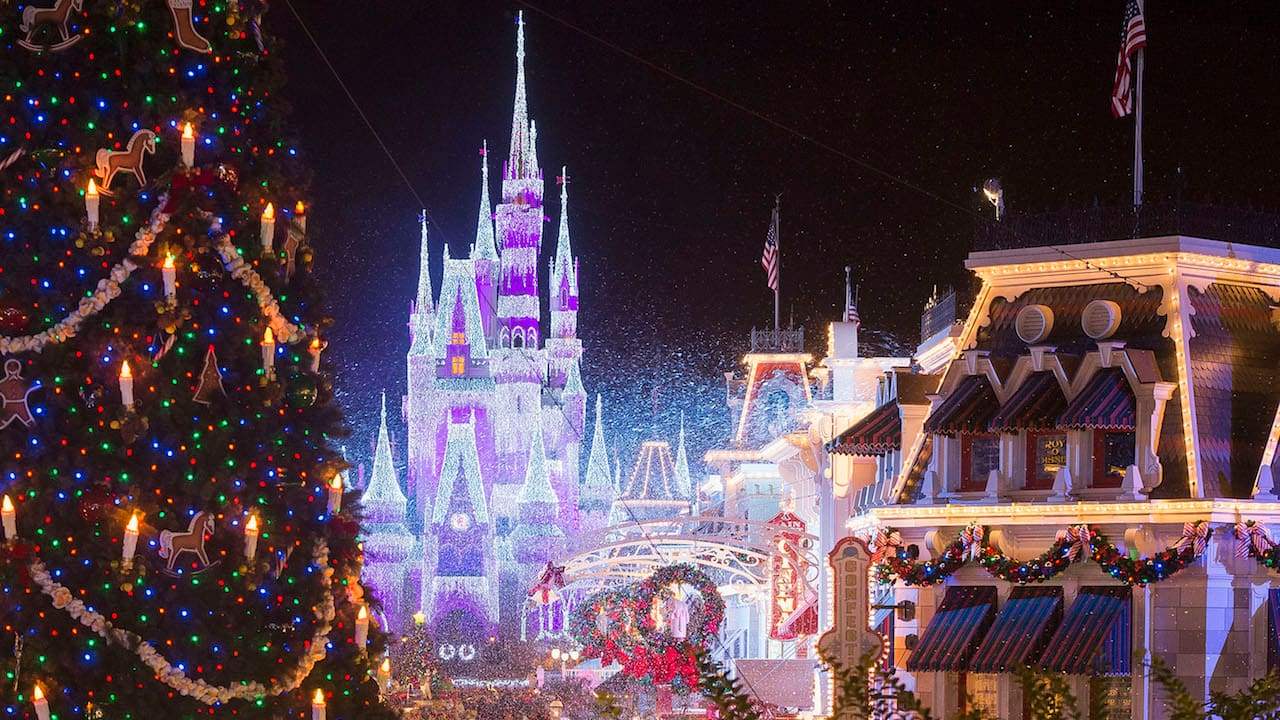 ABC and Disney Channel Bring the Magic of Disney Parks to Your Living Room  With Three Holiday Specials Featuring Some of Today's Biggest Stars | Disney  Parks Blog