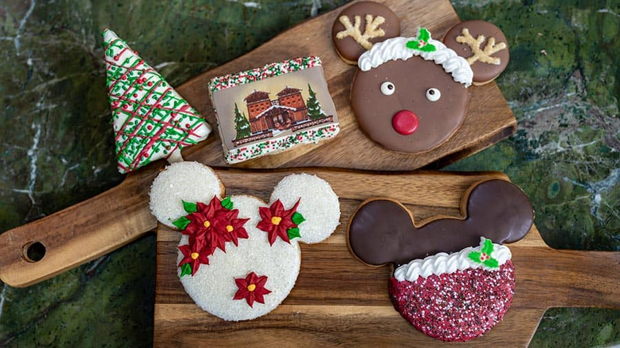 December 2020 Disney Grand Californian Hotel Christmas Sweets 10 Twinkling Ways to Enjoy the Holidays at the Hotels of