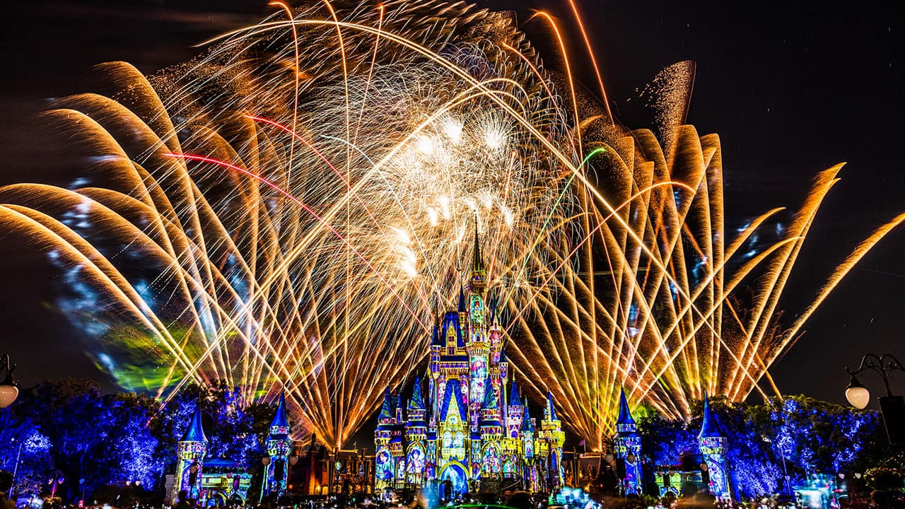 Disney Parks After Dark: A Colorful 'Happily Ever After' at Magic Kingdom Park thumbnail