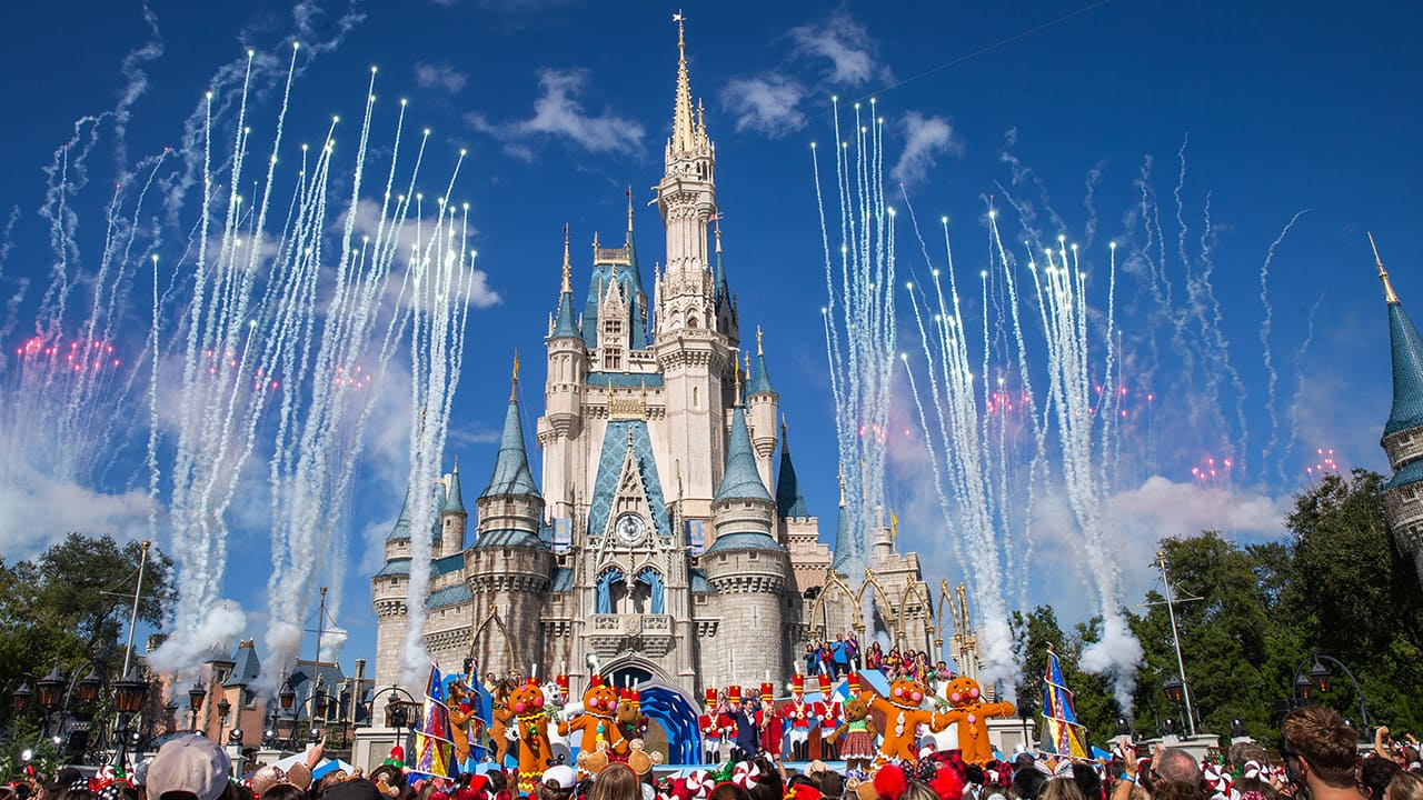 The Disney Christmas Parade 2020 The 'Disney Parks Magical Christmas Day Parade' Airs Christmas