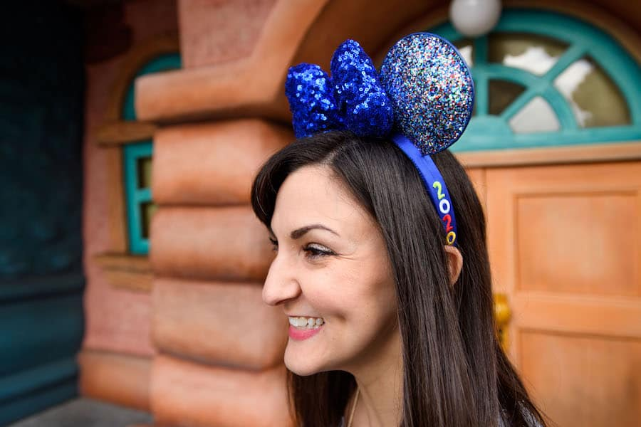 Disney Parks 2020 Minnie Mouse ear headband