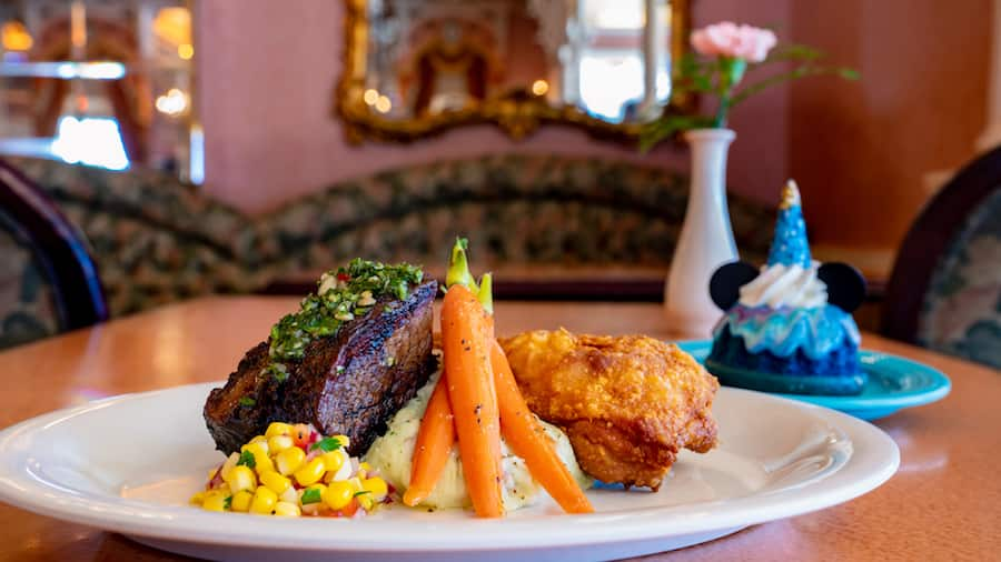 Magic Happens Parade Dining Package at Plaza Inn at Disneyland Park