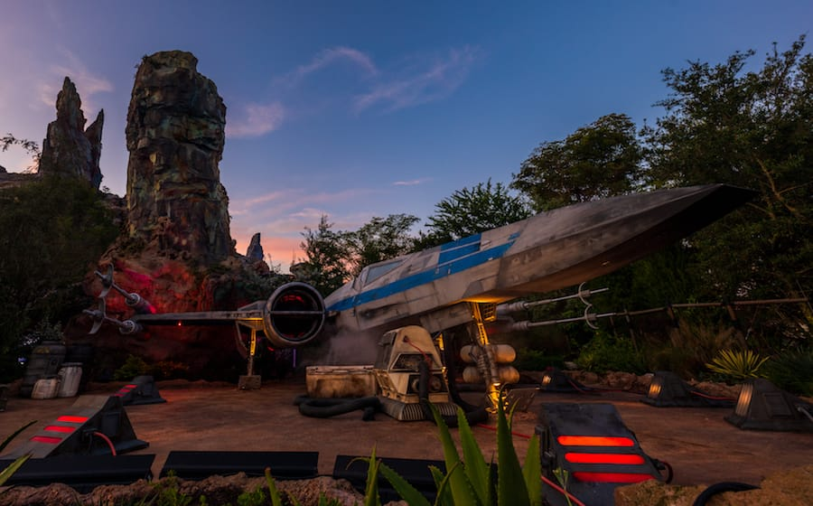 Disneymagicmoments Check Out These Sunrise Views From Star Wars Galaxy S Edge Disney Parks Blog