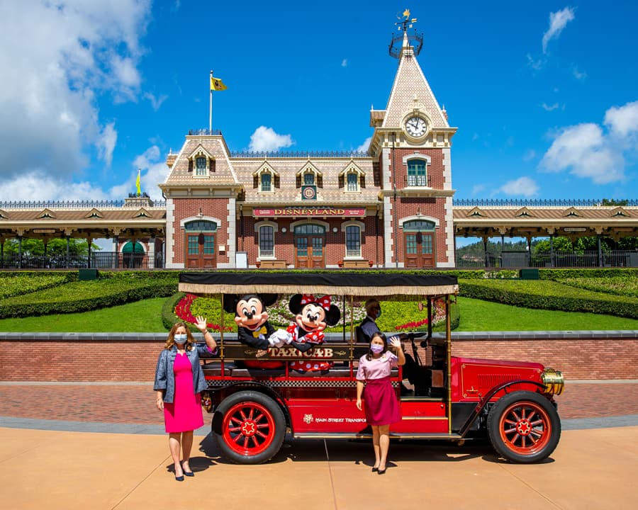 Stephanie Young and Hong Kong Disneyland Resort Ambassador
