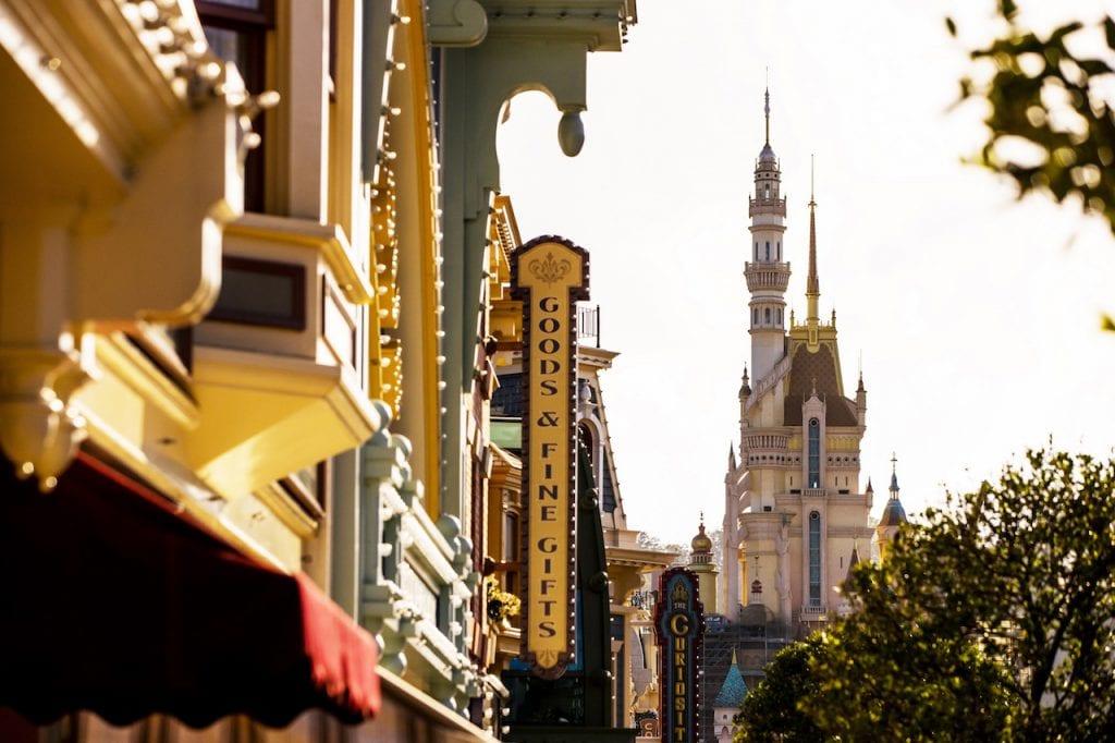 Hong Kong Disneyland Sunrise over Castle