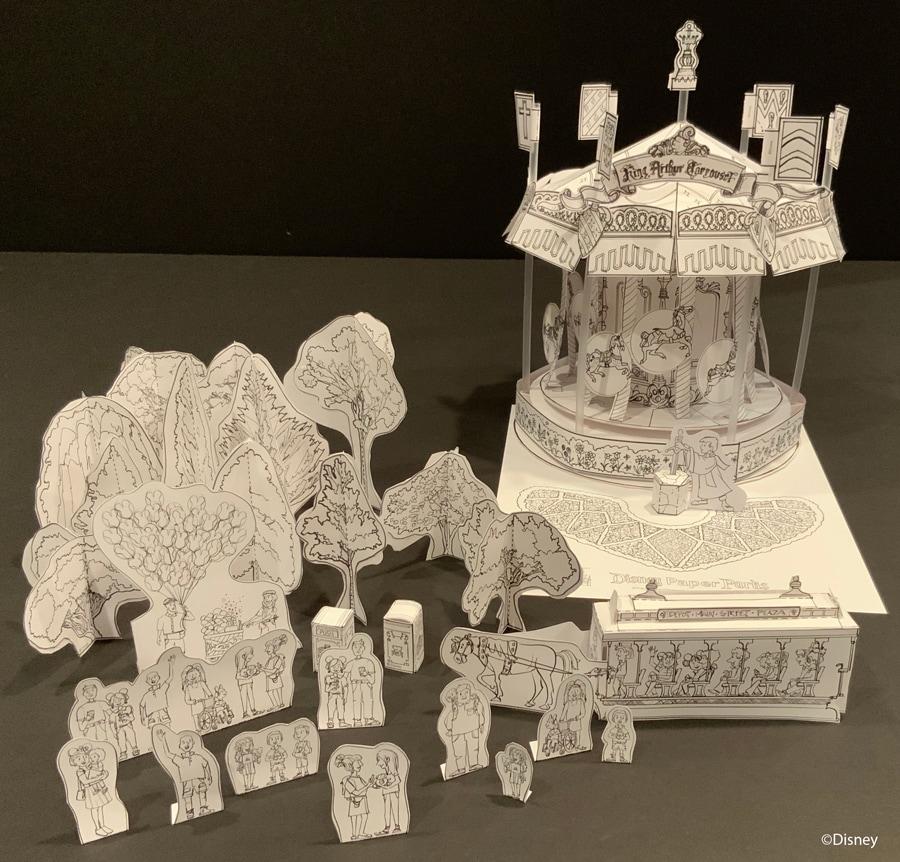 Disney Paper Parks -Carrousel