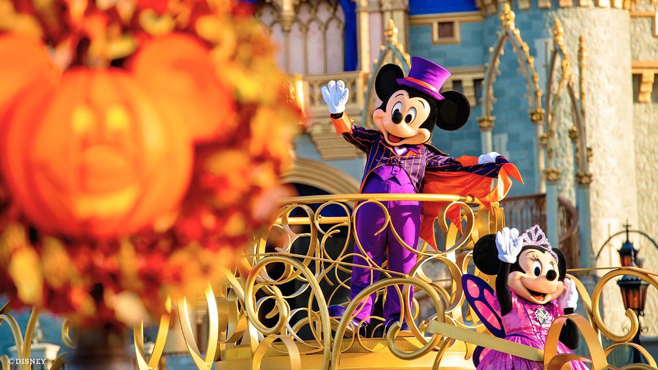 Cartoon Halloween Specials 2020 Special Halloween Entertainment Experiences Coming to Walt Disney